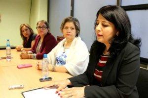 mujeres iniciativa