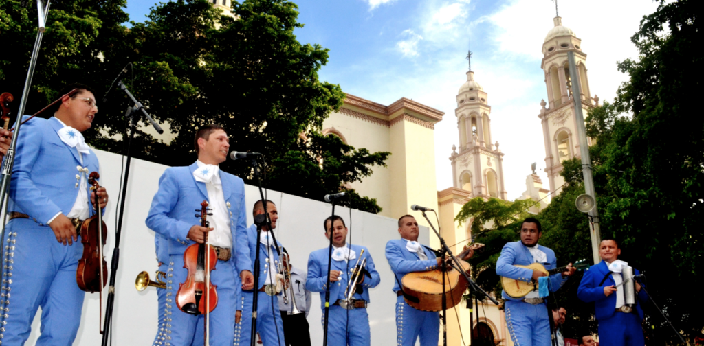 Lunes-Plaza-Obregon