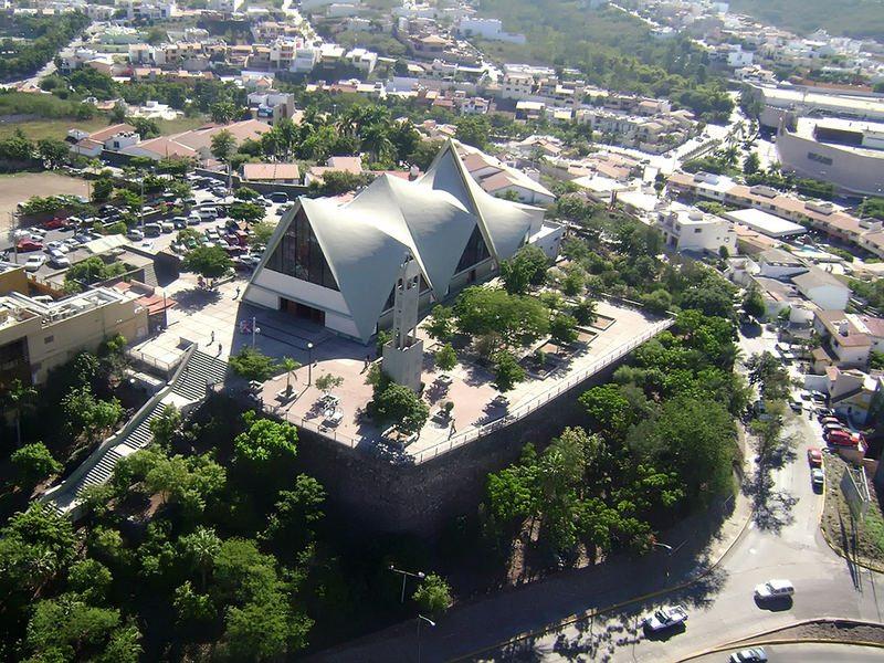 culiacan-g01-p10-iglesia