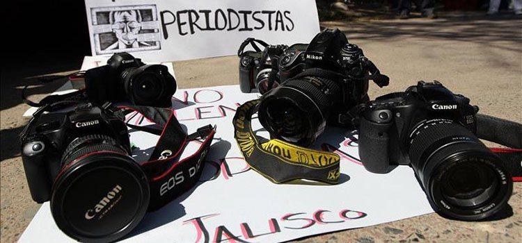 Camara-periodistas