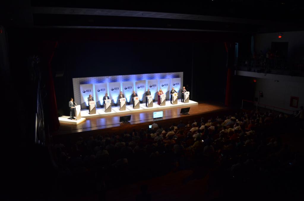 Seleccion_debate_gubernatura (18)