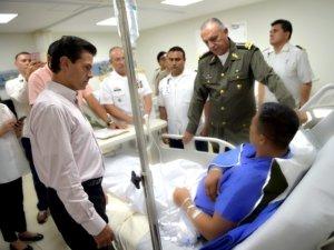 EPN con soldados heridos.