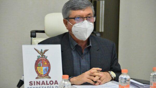 Dr. Efrén Encinas Torres, secretario de Salud de Sinaloa